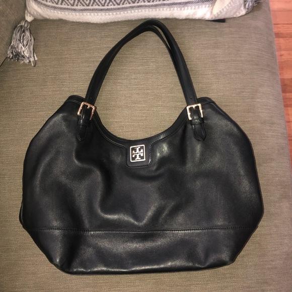 Tory Burch Handbags - Tory Burch black leather purse